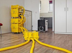technische_trocknung2-300x224 Wasserschadensbeseitigung durch technische Trocknung mit System